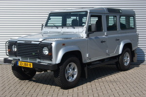Land Rover Defender 110 Td5 9-seater 2006